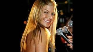 Fergie- Glamorous (lyrics)