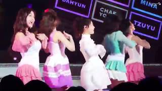 Gambar cover [TWICE] 트와이스 180123 캔디팝(CANDY POP) - HIROSHIMA JAPAN SHOWCASE TOUR 히로시마 쇼케이스 다현 DAHYUN 직캠 FANCAM