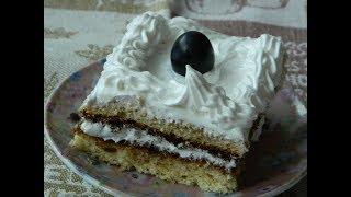 Бисквитные пирожные с белковым кремом