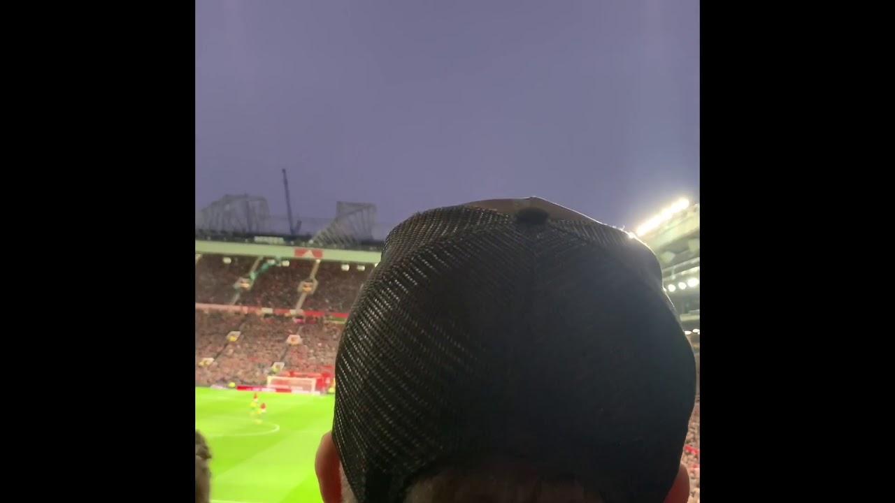 Stretford end turn on Glazers and Ed Woodward Man Utd Norwich 4-0