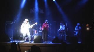 歌謡ハードロックバンド平七です。2014年2月8日名古屋Bottom LineでのライブからMotor Headのエイス・オブ・スペイズにのせて山本リンダメドレー「どうにも止まらない」「 ...