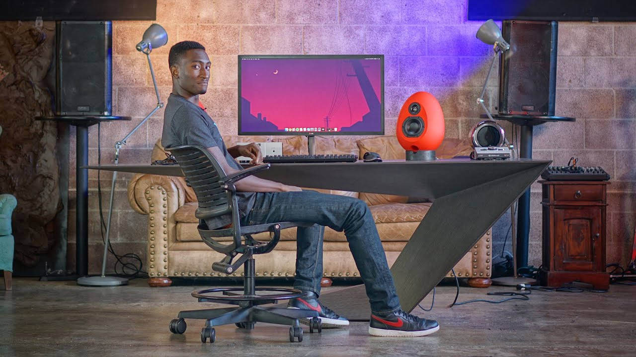 Dream Desk - The MKBHD Setup! - YouTube