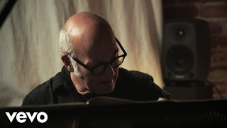 Ludovico Einaudi - Song For Gavin (Live from Heimat)