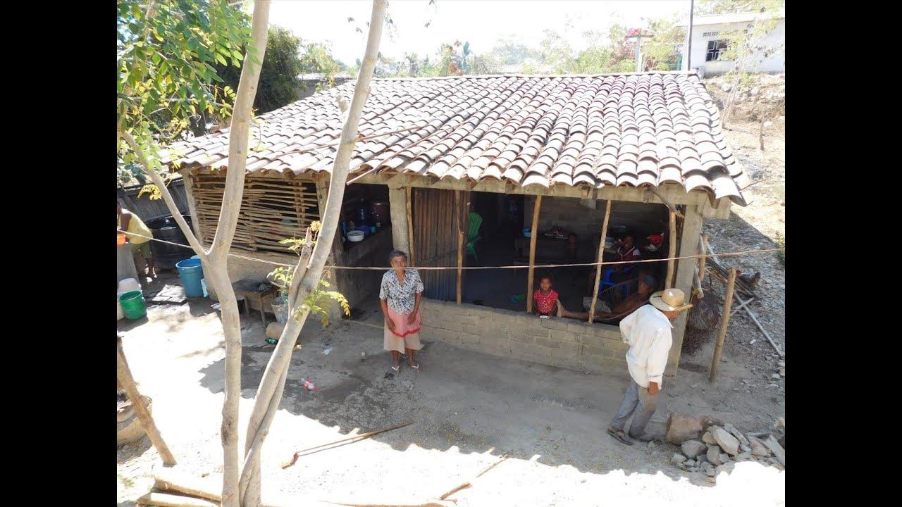 Casas de la costa chica guerrero m xico youtube for Casa de chicas