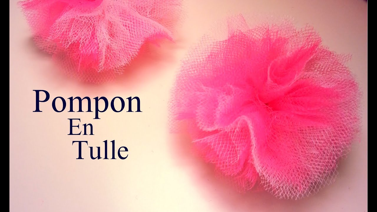 D i y cr ation comment faire un pompon en tulle youtube - Comment fabriquer un pompon ...