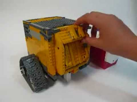 lego transformable wall e youtube. Black Bedroom Furniture Sets. Home Design Ideas