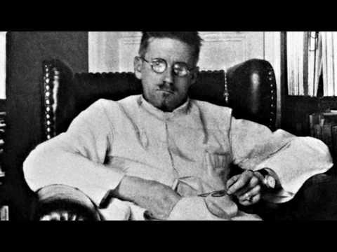 At That Hour by James Joyce read by A Poetry CHannel