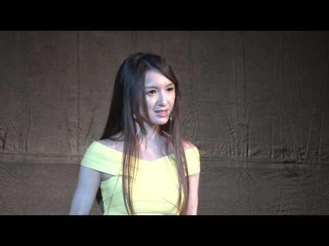 Listen to the Sound of Your Dream 聽見夢想的聲音 | Veronica Yen | TEDxWagorHighSchool