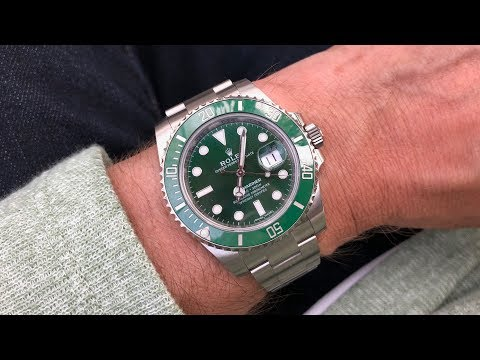 Rolex Submariner 116610LV (Hulk)