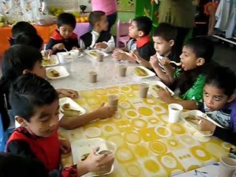 Comiendo en dia de muertos vs halloween jardin de ni os 17 for Asistenciero para jardin de infantes