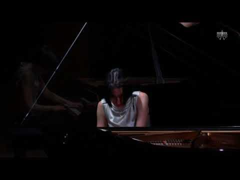 Pina Napolitano: Anton Webern - Variations, Op. 27 - III. Ruhig, fließend