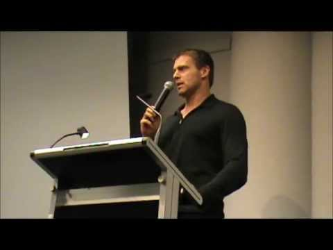 Funny Q&A with Michael Shanks @ FACTS 2013 (Sunday, october 20th)