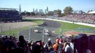 Australian Grand Prix 2009 First Corner Action