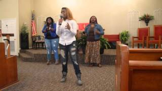 Video DeDrinique Barnes & Company- Give It All (Chandler Moore) download MP3, 3GP, MP4, WEBM, AVI, FLV April 2018