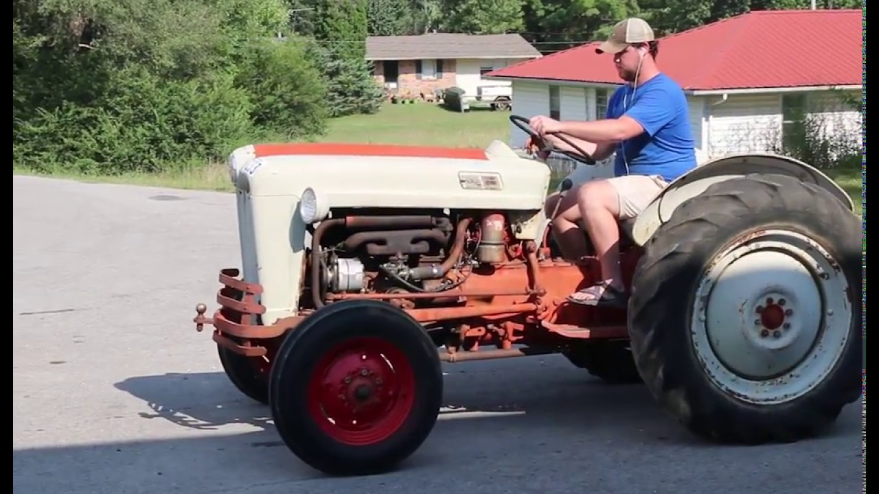 Ford 600 Tractor Start : Ford series tractor online at tays realty auction