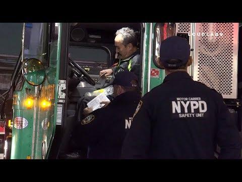 Manhattan: Garbage Truck Hits Cyclist