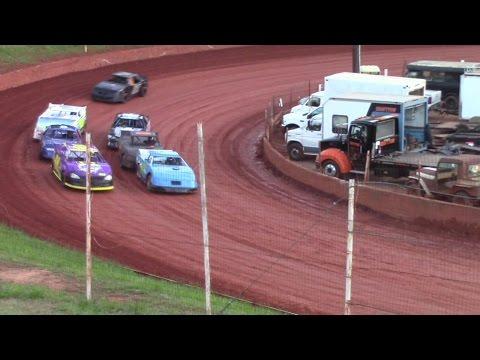 Winder Barrow Speedway Advanced Four Cylinder Race 4/16/16