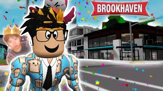 i ran away from BLOCKBURG today to visit BROOKHAVEN with facecam... oh no
