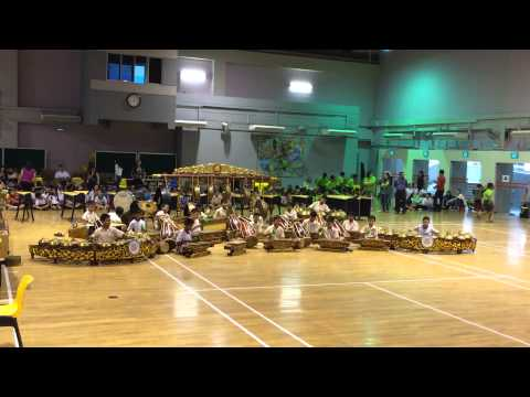 Yishun Primary School Gamelan Ensemble for SYF 2014 (Romo ono maling - Titiek Puspa)