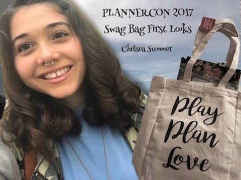 PLANNERCON 2017 SWAG BAG FIRST LOOKS!! | Chelsea Summer