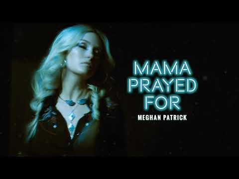 """Meghan Patrick Celebrated Her New Song """"Mama Prayed For"""" By Shooting A Turkey"""