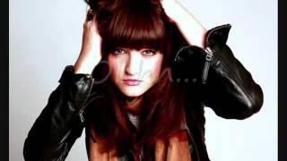 Katie Sutherland - Girlfriend (Lyrics)