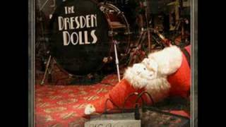 Watch Dresden Dolls Ultima Esperanza video