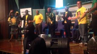 Jacob Zuma singing at NMMU.