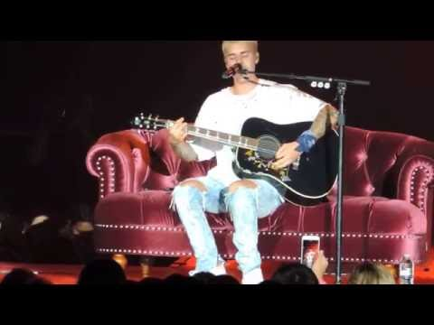 """Justin Bieber cover of """"Fast Car"""" by Tracy Chapman at Madison Square Garden July 19, 2016"""