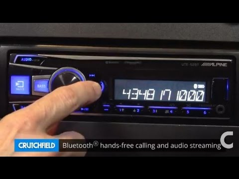 Alpine UTE-52BT Display and Controls Demo | Crutchfield Video
