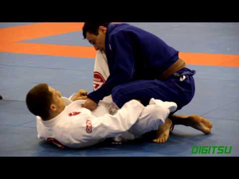 Carlos Rosado (Gracie Barra LI) vs.  Joao Pereira (Renzo Gracie) - NY Open 2013