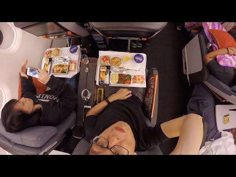 Singapore Airlines Premium Economy First Experience