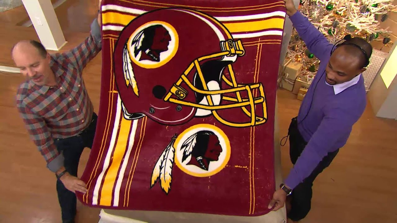 nfl team plush 50 x 60 throw blanket by northwest with dan wheeler youtube. Black Bedroom Furniture Sets. Home Design Ideas