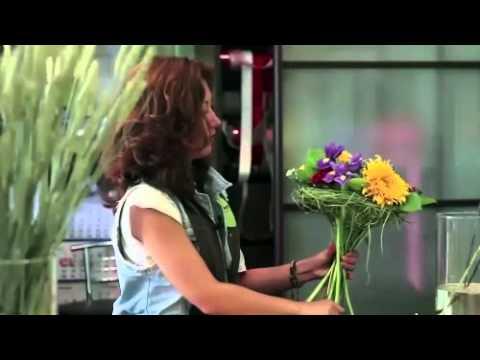 """Флорист.ру: мастер класс """"Цветы на Пасху""""из YouTube · С высокой четкостью · Длительность: 3 мин16 с  · Просмотры: более 11.000 · отправлено: 15.06.2011 · кем отправлено: Флорист.ру - Доставка цветов по всему миру"""