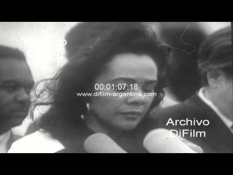 DiFilm - Vance Hartke Coretta Scott King against war in Vietnam 1971