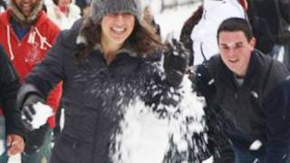 Repeat youtube video SNOWBALL FIGHT FLASH MOB!!