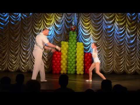Circus id1141 acro Duo, contortion, Martin & Kristine (diving) Uzbekistan