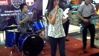 JECONIA - PLAYING GOD (COVER PARAMORE)
