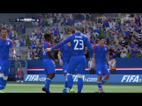 Jogando pro clube com os parceiros Alex , Nelson e Marques.