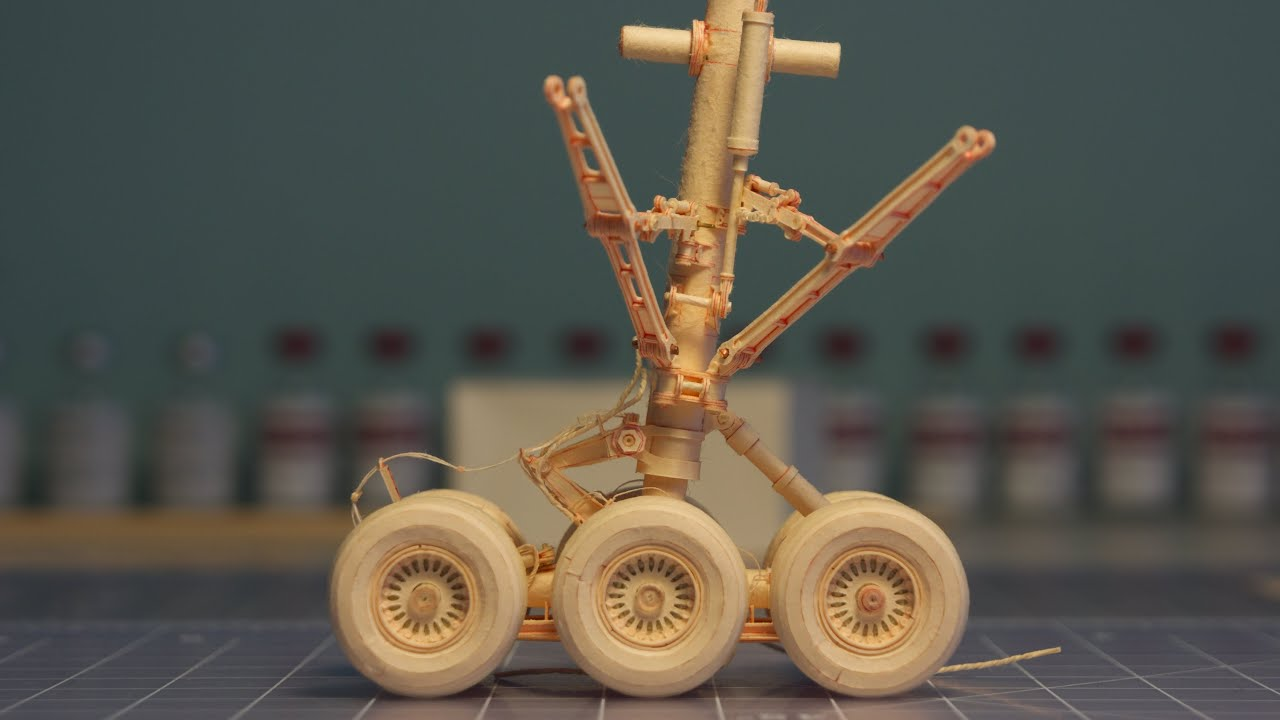 Papercraft Manila Folder 777 - Main Landing Gear - Swing Test