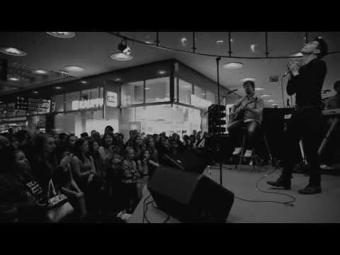 Antti Tuisku - Leila (virallinen musiikkivideo)