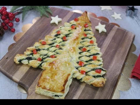 Spinach filled Christmas tree: here's a dish that is just as beautiful as it is good!