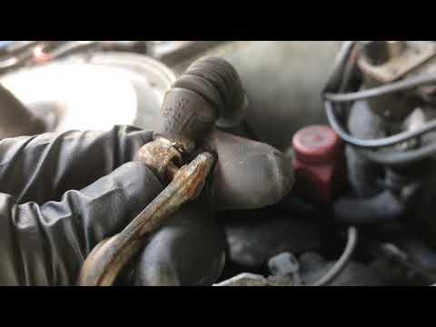 85 Mercedes 300D Valve Adjustment pt1