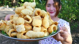 Yummy Crispy Pork Skin Cooking - Crispy Pork Skin - Cooking With Sros