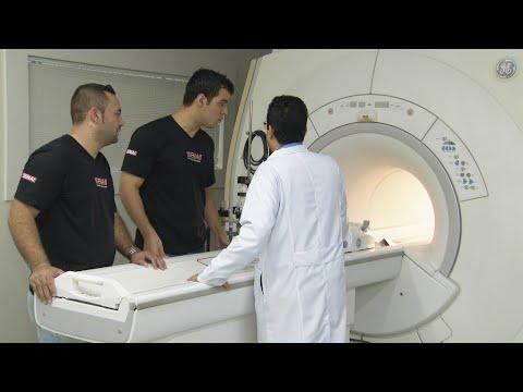 Curso gratuito ajuda a formar profissionais da saúde em SP   SBT Notícias (21/04/18)