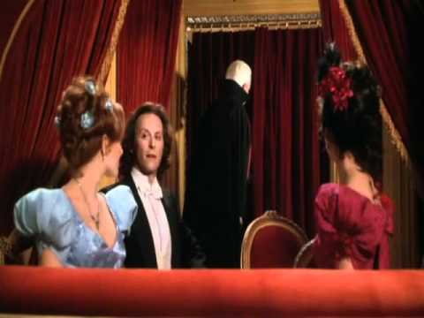 Sexy bits of Dracula: Dead and Loving It 1995