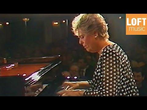Maria Tipo: Mozart - Piano Concert in C major K 467 (Mozarteum Orchestra, Hans Graf)