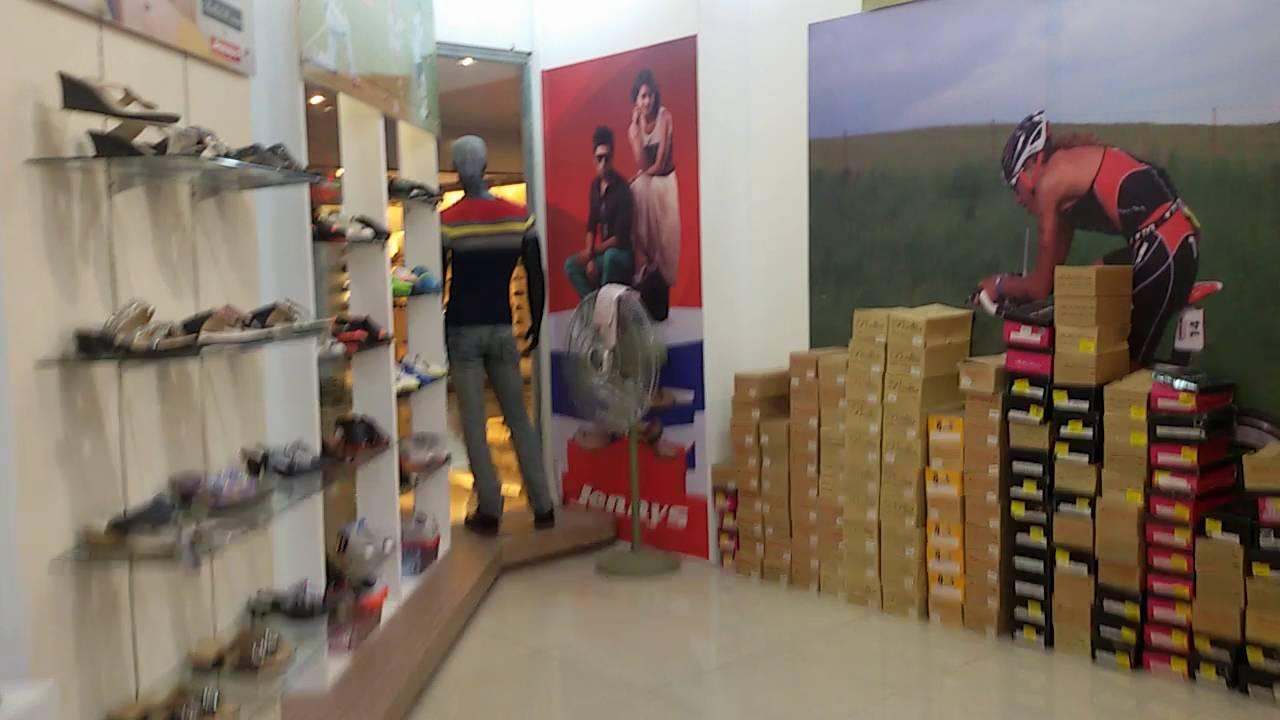 Shoe Shop Decoration