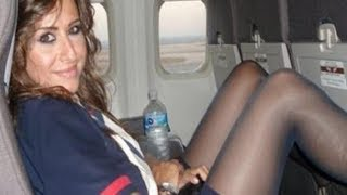 What Flight Attendants Notice About You In 3 Secs