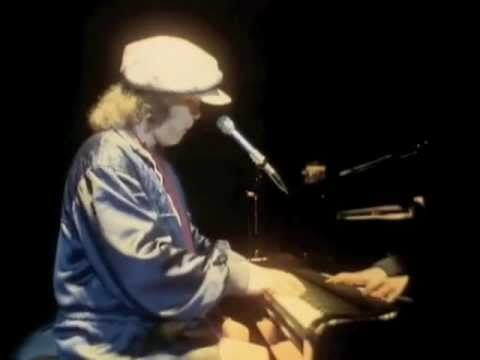 Elton John - Bennie and the Jets (Live in Russia 1979)